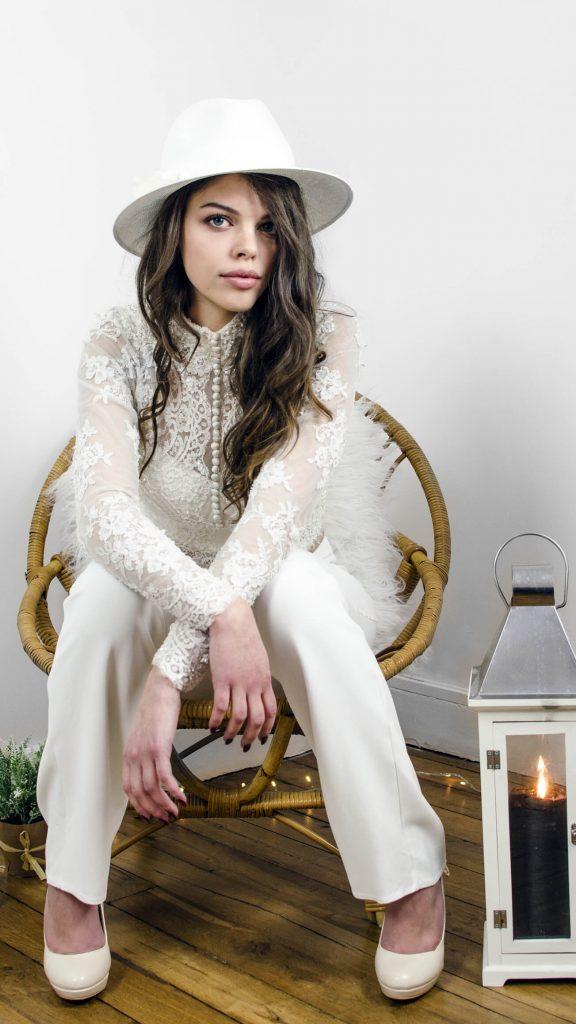 robe de mariée, tenue de mariée, pantalon, perle, broderie, deux pièces